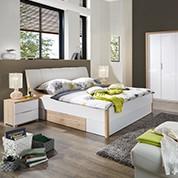 Günstige Schlafzimmermöbel in Weiss und Naturholz bei Möbelix